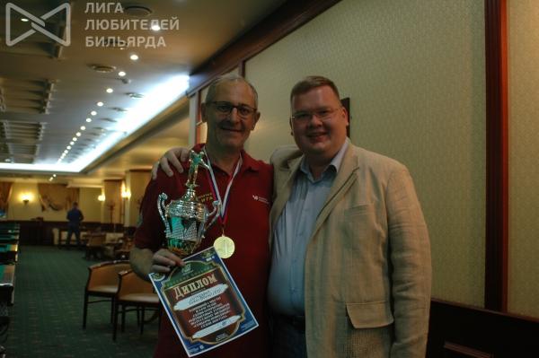 Олег Кортунов с победителем турнира