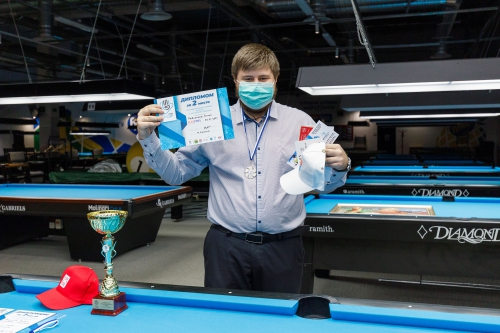 Антон Радченков — прекрасный пример правильного внешнего вида на турнире