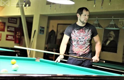 Бильярдист, боец, тренер и актёр Виктор Смоляр
