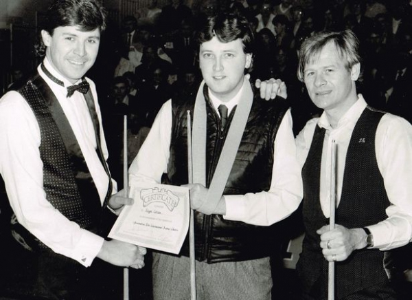 Найджел Котон с Алексом Хиггинсом (справа) и Тони Ноулзом